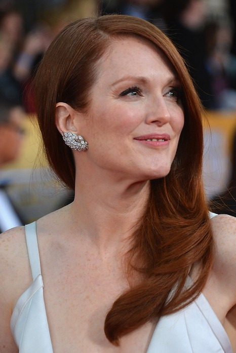 Julianne Moore Long Sleek Hairstyle for Women Over 50