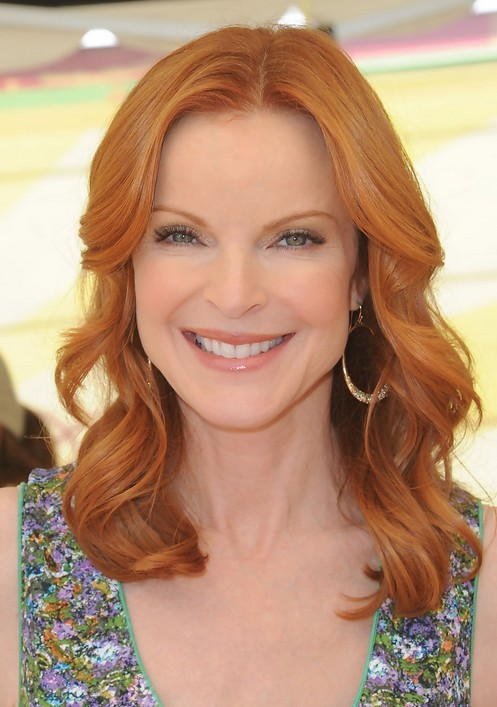 Marcia Cross Long Wavy Hairstyle with Bright Color for Women Over 50