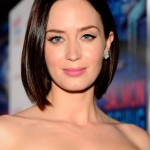 Emily Blunt short straight haircut for women