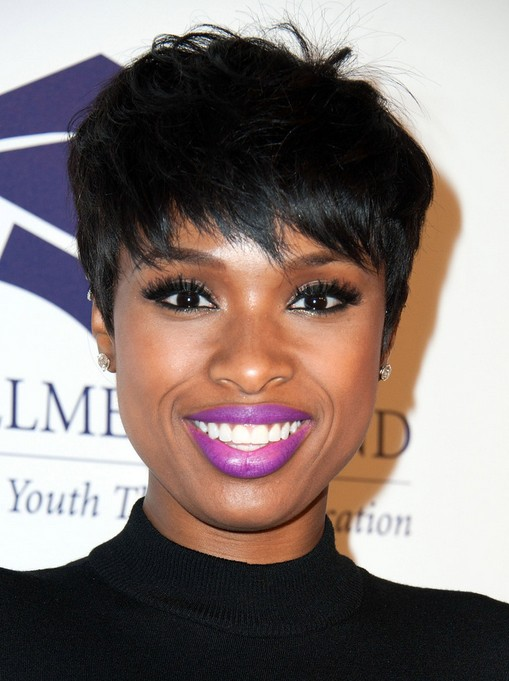 Jennifer Hudson Layered Razor Cut for Black Women with Thick Hair