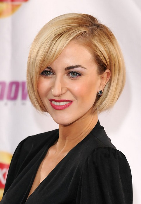 Katherine Kelly Flattering Blunt Bob Hairstyle for Women
