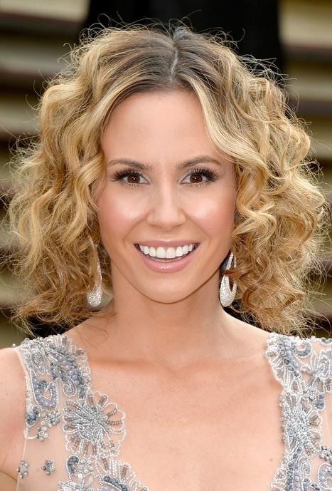 Keltie Knight Short Ombre Curly Hairstyle