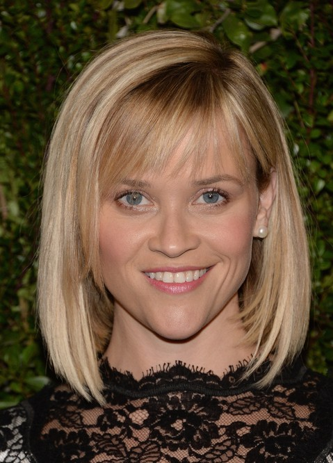 Reese Witherspoon Short Blunt Bob Haircut With Bangs For Women Hairstyles Weekly