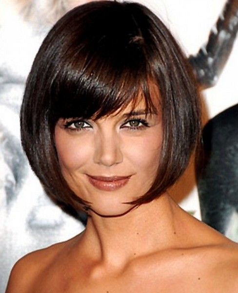 Charming Katie Holmes Short Rounded Bob Hairstyle With Side Bangs