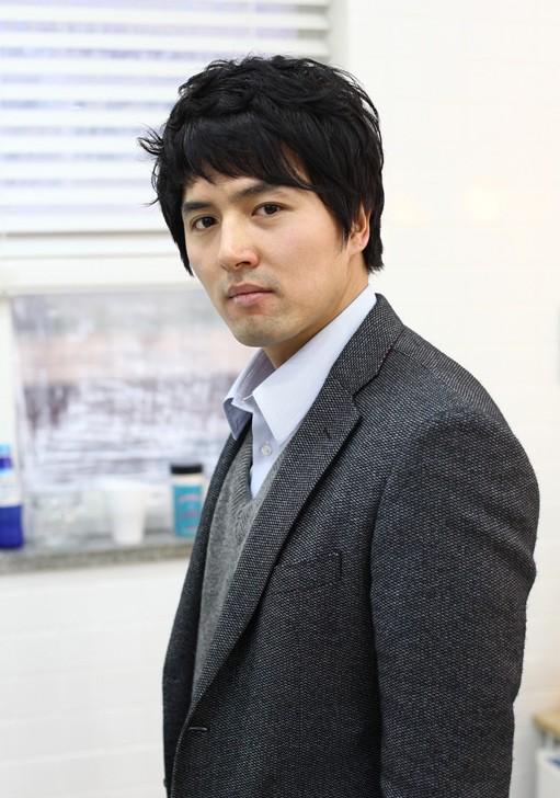 Korean Business Haircut for Business Men
