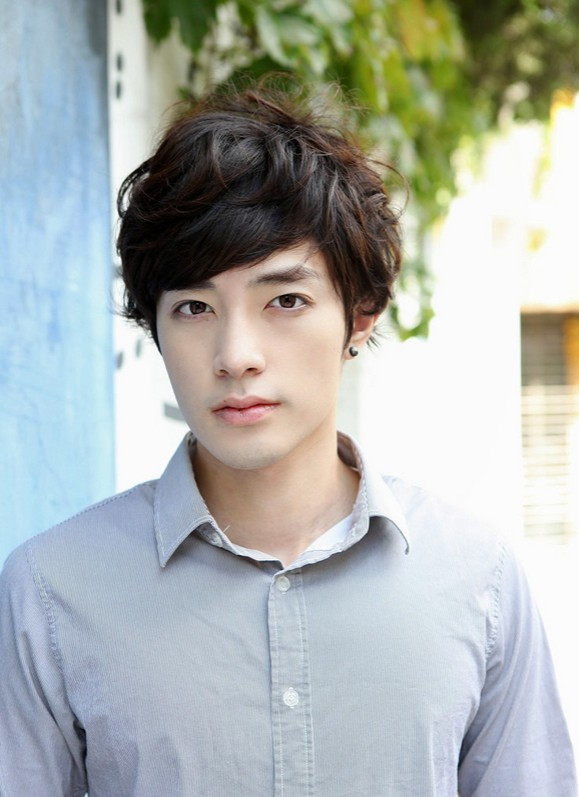 Korean Hairstyles for Guys 2015