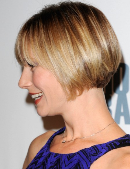 Stupendous Side View Of Chic Short Bob Cut From Meredith Monroe Hairstyles Short Hairstyles Gunalazisus
