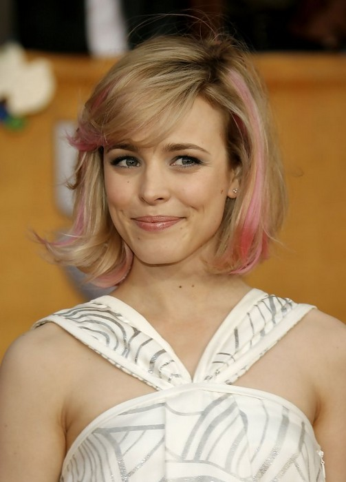 Chic Messy Short Cut With Pink Highlights From Rachael Mcadams