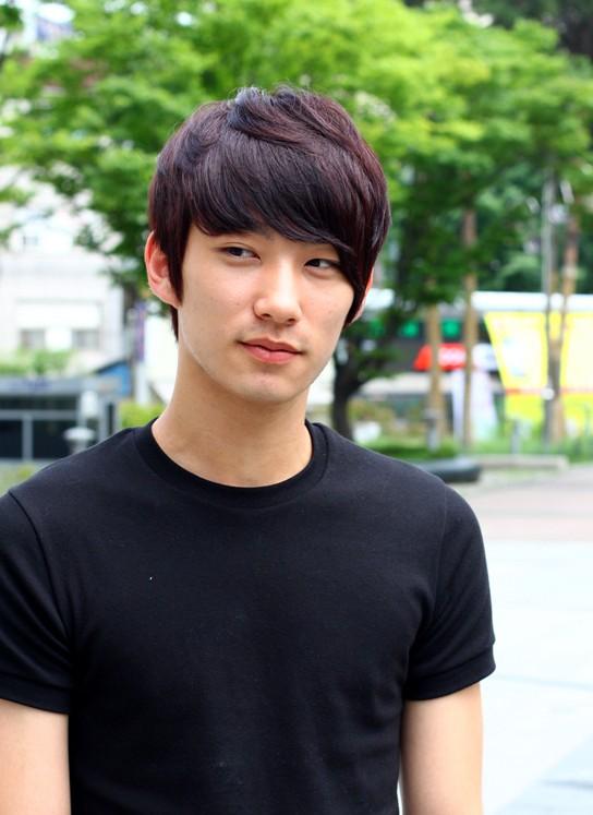 Short Korean Hairstyle for Men