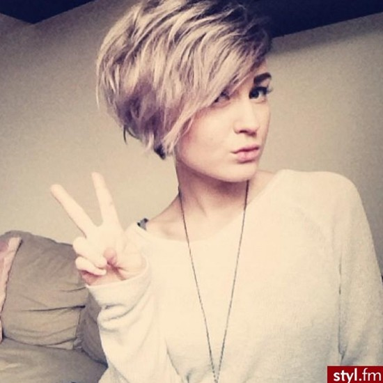 30 Short Hairstyles for Women: Trendy Layered Haircut