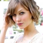 Karlie Kloss Short Haircut for Summer: Wavy Bob Cut