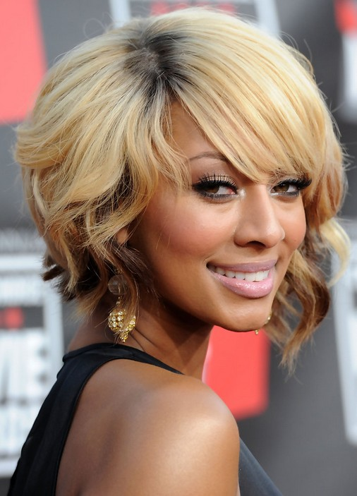 African American Short Blonde Wavy Bob Hairstyle With Bangs