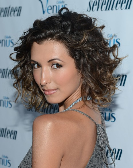 India de Beaufort Medium Curly Hairstyle for Prom