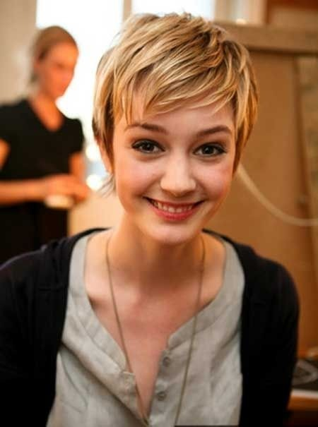 Cute Back to School Hairstyle - Layered Pixie Cut ...