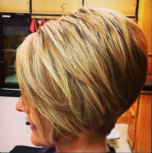 Textured A Line Bob Haircut for Women - Hairstyles Weekly