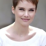Short job interview hairstyle - pixie cut