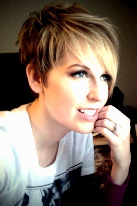Cute Short Layered Pixie Cut With Bangs For Girls Hairstyles Weekly