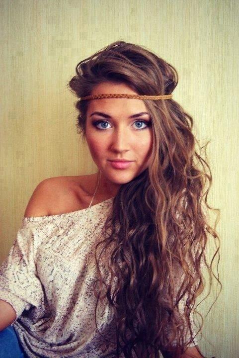 Cute-Long-Hair-Style-with-Headband