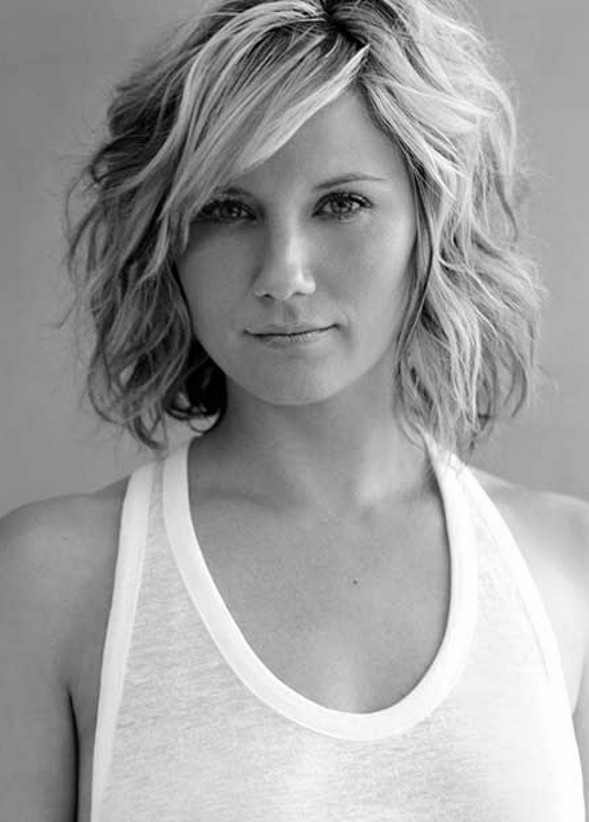 Short Hair as well Chic Short Hairstyles For Women With Thin Hair ...