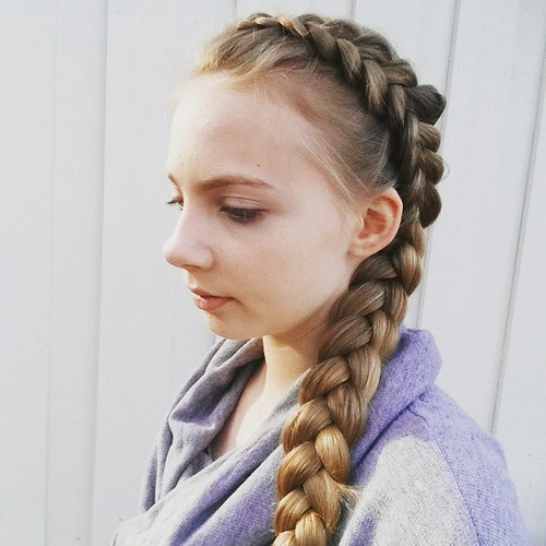 20 Cute Braided Hairstyles For Little Girls Hairstyles Weekly