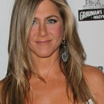 Jennifer Aniston layered long hairstyle for oval faces
