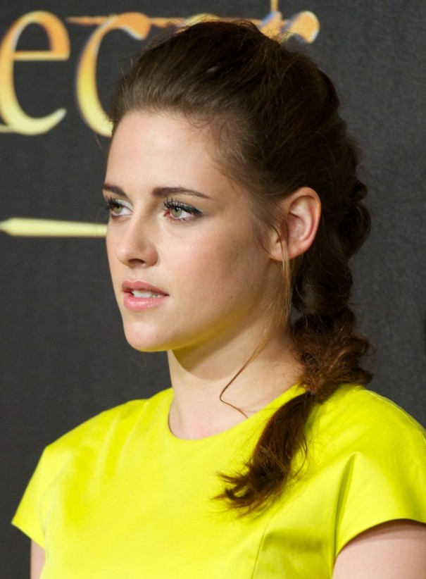 Star Kristen Stewart Long Braided Hairstyle Hairstyles Weekly