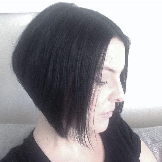 Short dark stacked bob haircut for women