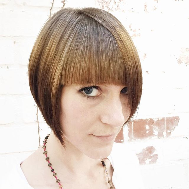 Trendy Graduated Bob Hairstyles with blunt bangs