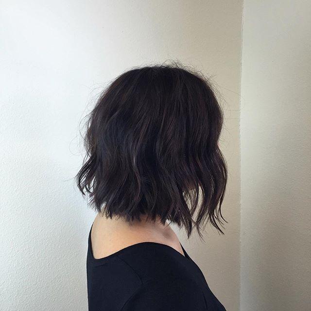 black hair ideas - the soft wavy bob cut