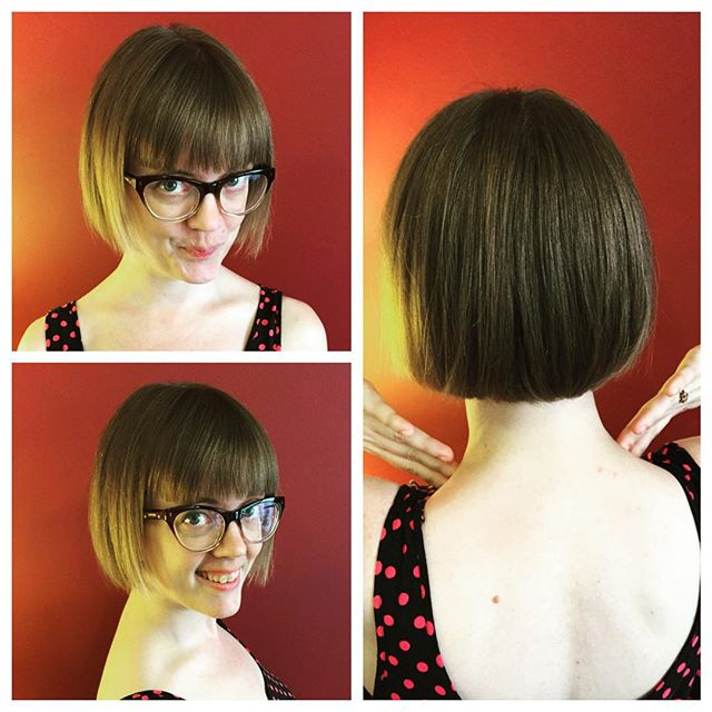 Cute Short Haircut With Glasses The Blunt Bob Cut Hairstyles Weekly