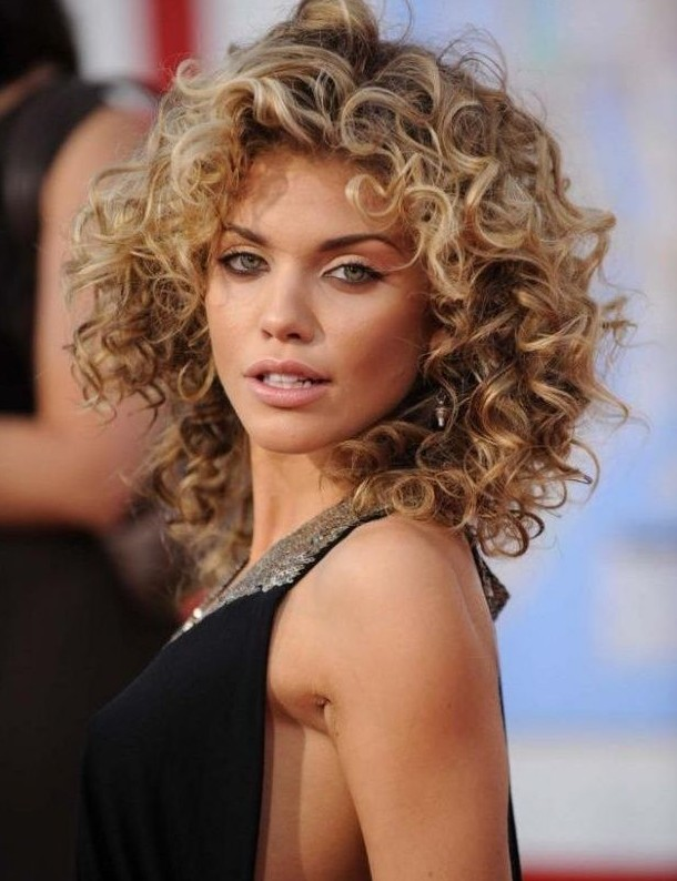 19 Pretty Permed Hairstyles - Best Perms Looks You Can Try This Year ...