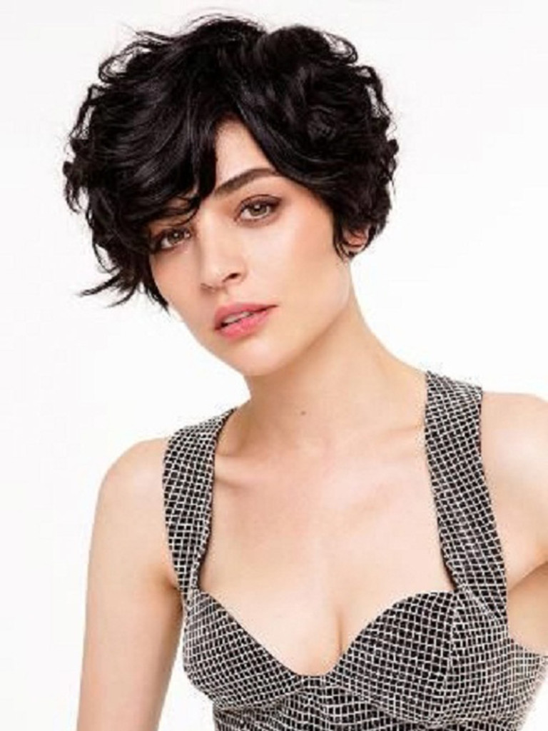 Super 19 Cute Wavy Amp Curly Pixie Cuts We Love Pixie Haircuts For Short Hairstyles For Men Maxibearus