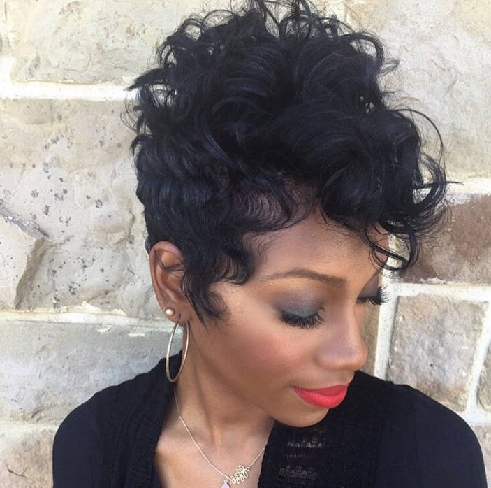 Peachy 19 Cute Wavy Amp Curly Pixie Cuts We Love Pixie Haircuts For Short Short Hairstyles For Black Women Fulllsitofus