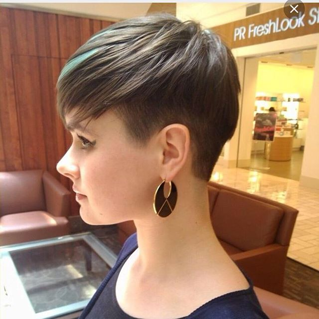 Wondrous 15 Chic Short Pixie Haircuts For Fine Hair Easy Short Hairstyles Short Hairstyles For Black Women Fulllsitofus