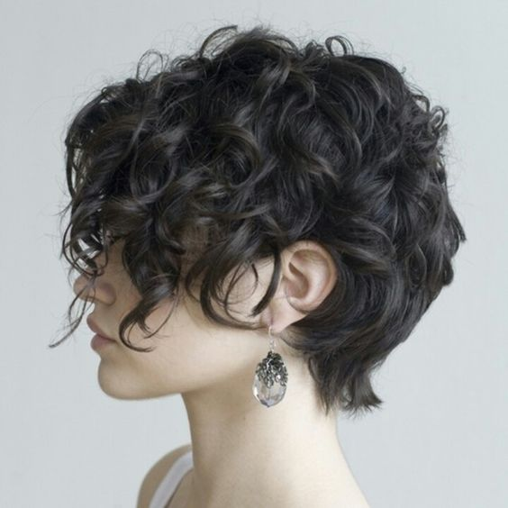40 Hottest Short Wavy, Curly Pixie Haircuts 2020 - Pixie ...