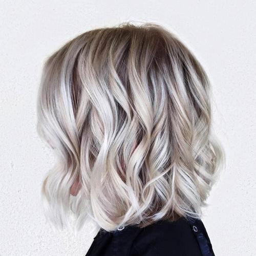 22 Flirty Bob Hairstyles for Blonde Hair