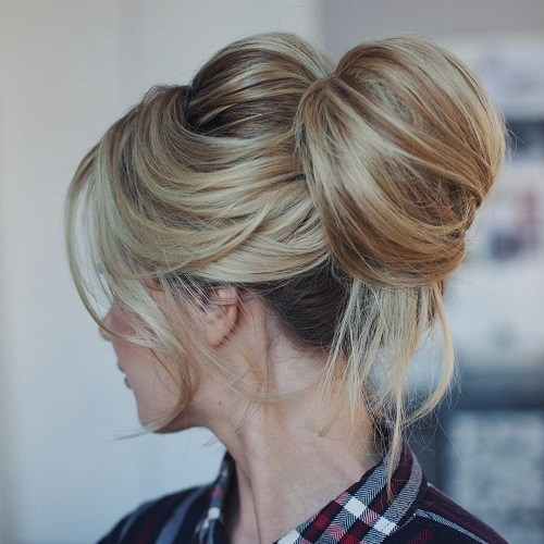 20 Fun Top Buns Knots For Summer Hairstyles Weekly