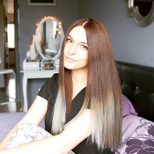 Two-tone Straight Hair