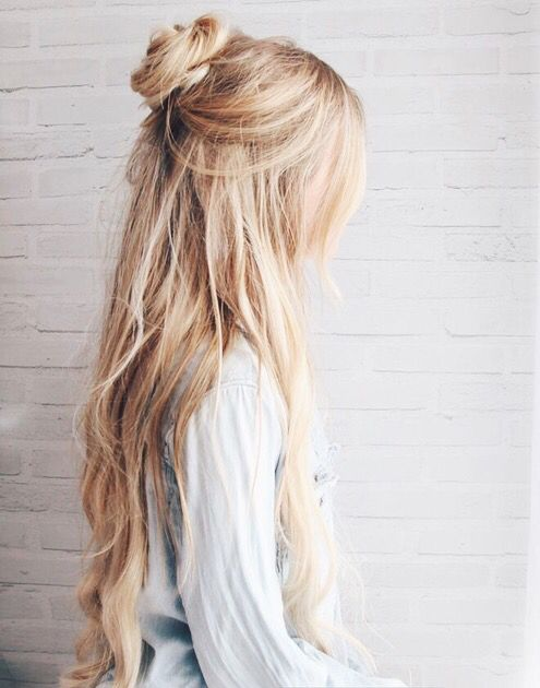 20 Fun Top Buns/Knots for Summer Hairstyles Weekly