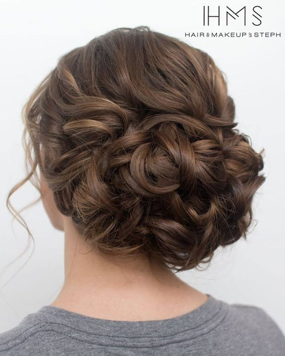 Prom Wedding Hairstyles: 35 Romantic Wedding Updos For Medium Hair