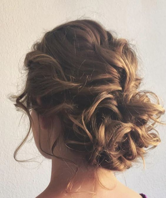 Simple easy daily updo for medium length hair