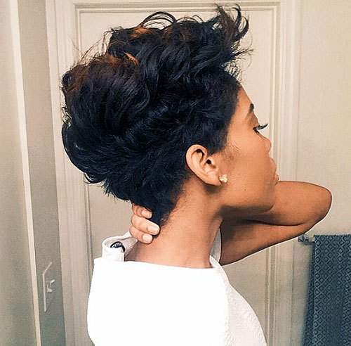 21 Trendy Short Haircuts For African American Women