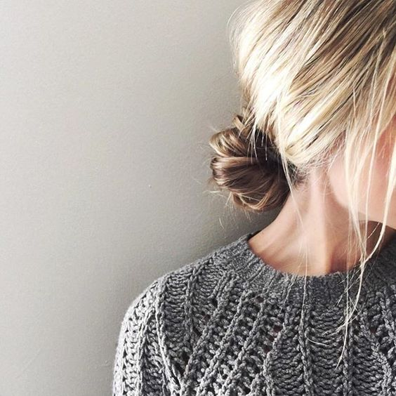 How to Wear a Messy Bun