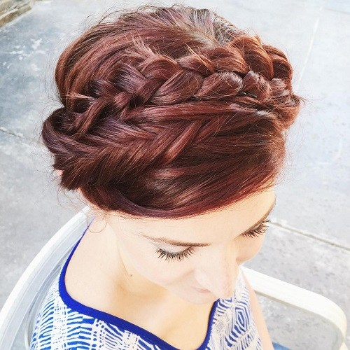 20 Elegant Ways to Have Milkmaid Hairstyles
