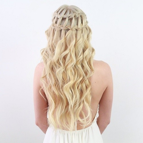 20 Simple Easy but Beautiful Waterfall Hairstyles You Can ...