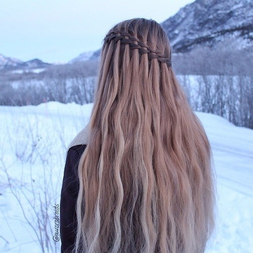 20 Ultra-pretty Waterfall Hairstyles