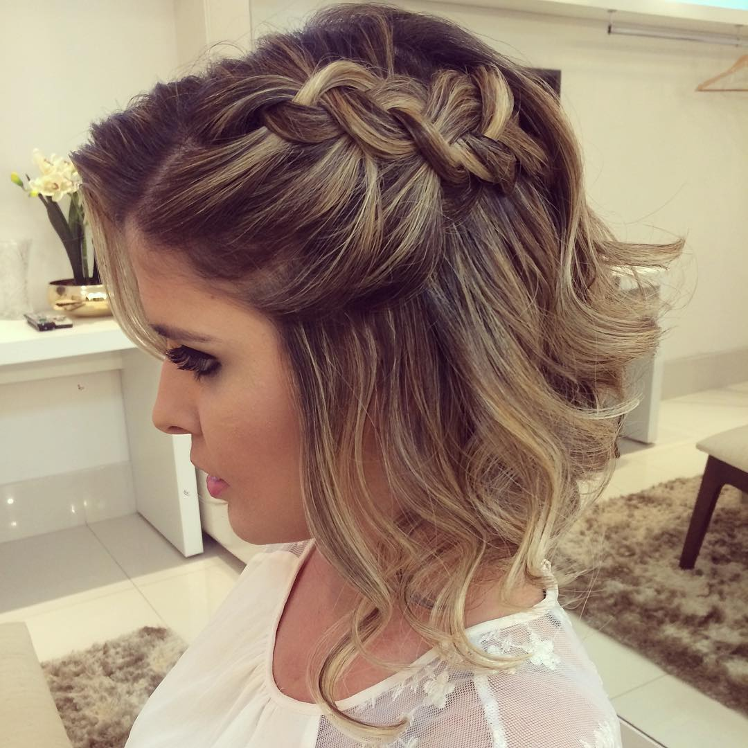 Hairstyles For Prom 2019 To The Side