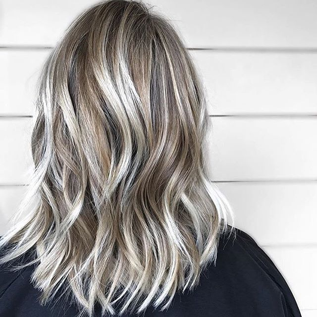 10 Exciting Medium Length Layered Haircuts In Fab New Colors Hairstyles Weekly