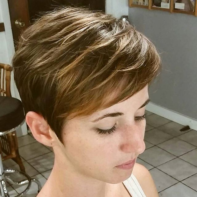 40 Hottest Short Wavy, Curly Pixie Haircuts 2020