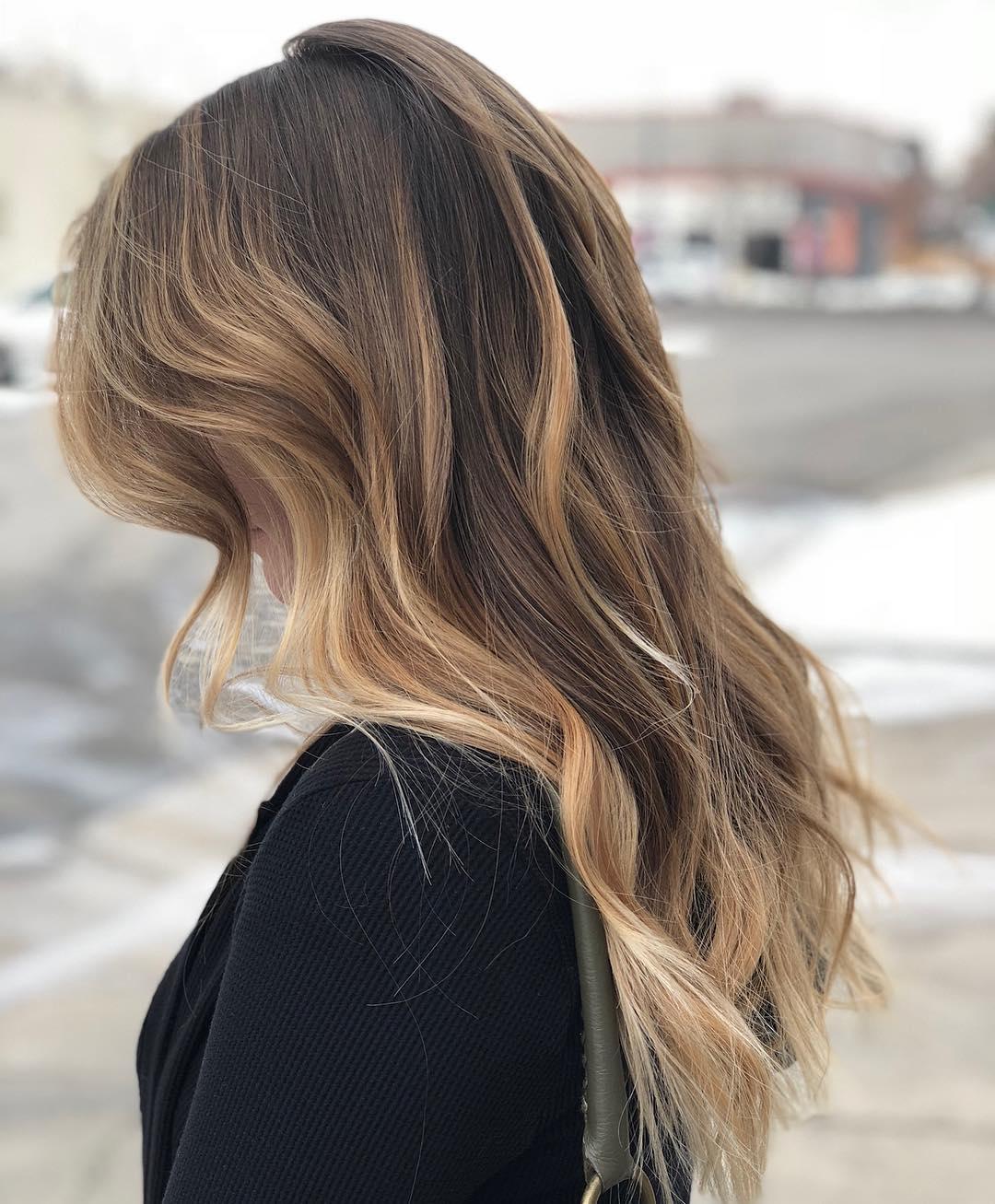 6 Glamorous Brunette Hairstyles for Long Hair